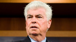 Senator and Countrywide V.I.P. Chris Dodd...LOL